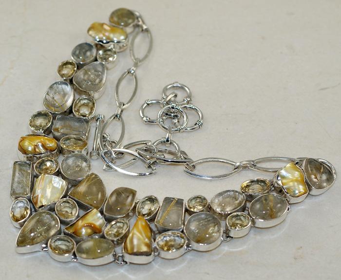 Ювелирные украшения из кварца в серебре