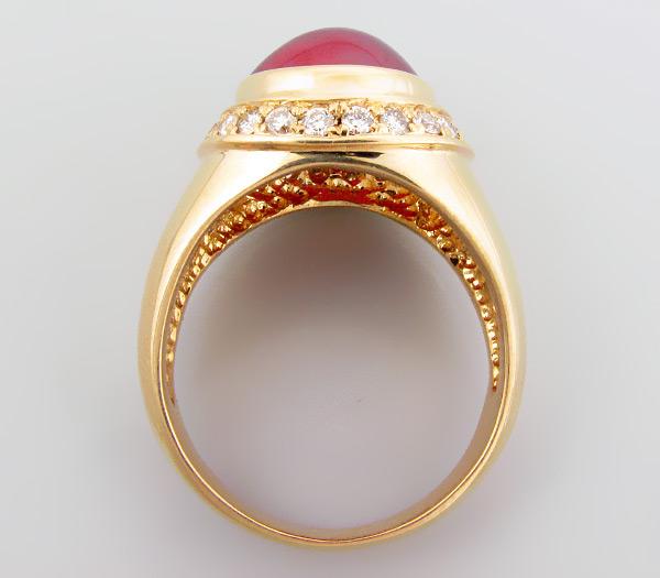 Купить печатку с рубином и бриллиантом. с крупным африканским рубином и