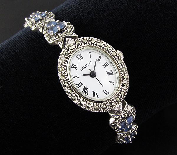В нашем каталоге вы обнаружите фото как классических серебряных часов без вставок так и часов с сапфиром и звезд.
