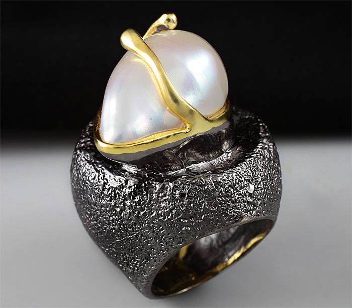 Кольцо из серебра 925 пробы с жемчужиной