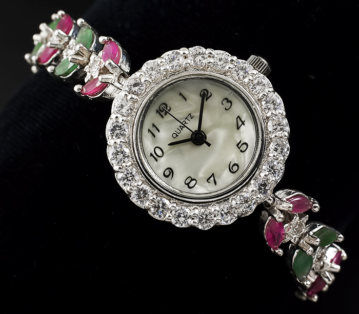 Интернет-магазин популярных и горячих серебряные часы сапфир из часы, деловые часы, повседневные часы, ювелирные украшения и более связанных серебряные часы сапфир, подобных часы.