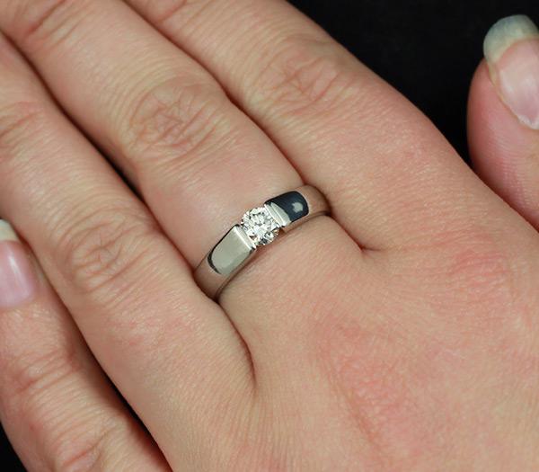 Платиновое кольцо с бриллиантом 0,42 карат купить в интернет ... c841cfe8e4e