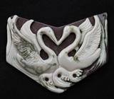Камея-подвеска «Лебеди» из цельной яшмы 51,3 грамм