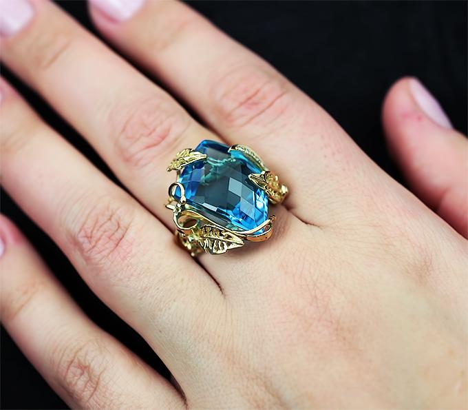 кольцо с большим топазом фото