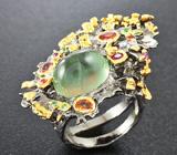 Серебряное кольцо с пренитом, сапфирами и цаворитами